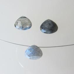 Briolette, Labradoriet, gefacetteerd, 12 x 10 x 6 mm, per stuk