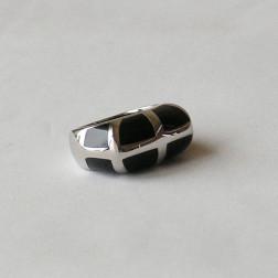 Edelstaal ring met zwarte inleg, maat 19