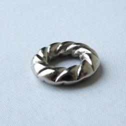 Zilverkleurige metallook spacer, 19 x 4 mm, grootgatskraal, per 10 stuks