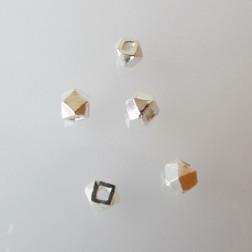 Sterling zilveren (925) kraal, 4 mm, rijggat 1.2 mm, per stuk